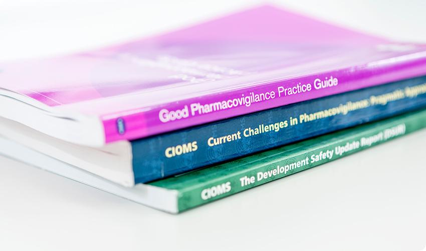 "<img src=""books.jpg"" alt=""good pharmacovigilance practice guide"">"